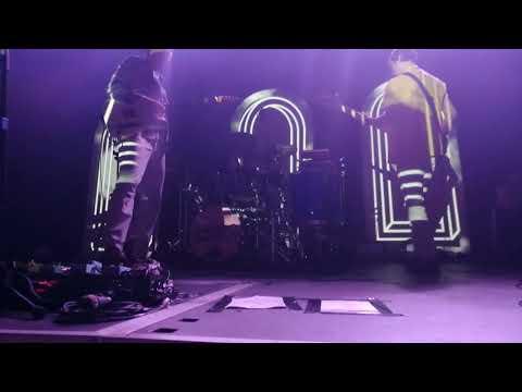 Django Django-Live in Nottingham-Default