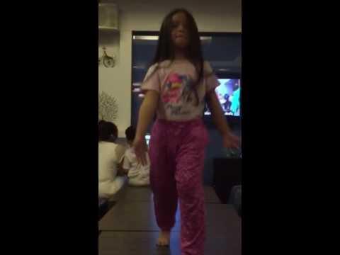 Nami dancing 29/05/2016 at Karaoke City#1
