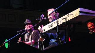 The Monkees - Last Train To Clarksville (blues)  July 31 2015 Nashville