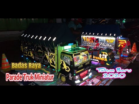 parade-miniatur-truk-sound-system-malam-tahun-baru-2020-badas-raya-kediri-utara