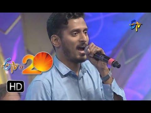 Narendra , Performance - Colorful Chilaka Song in Khammam ETV @ 20 Celebrations