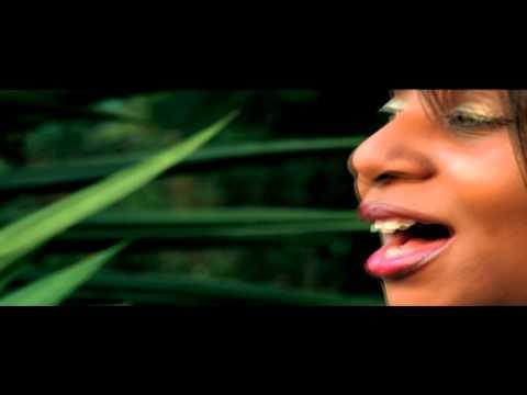 Fiona Mukasa  your not alone  (sili nzeka)