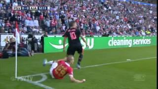 PSV speelt Ajax weg in tweede helft