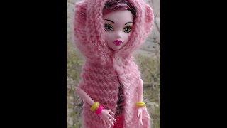 Как вязать шарф-капюшон на спицах. Обновки для куклы Монстр хай. Уроки вязания для начинающих.