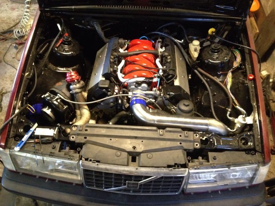Volvo 940 V8 Turbo Flames - YouTube