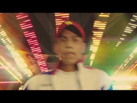 ビッチと会う feat. Weny Dacillo, Pablo Blasta & JP THE WAVY / DJ CHARI & DJ TATSUKI
