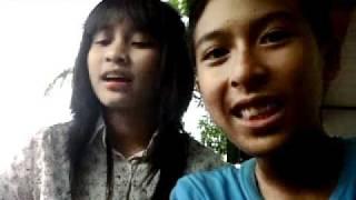 Download Video Anak SMP Menggila (Ber-dua Ber-adik) ver 2 MP3 3GP MP4