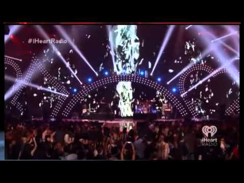 Miguel iHeartRadio Music Festival Set [2013]