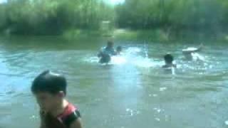 metidos en el rio. de ahome