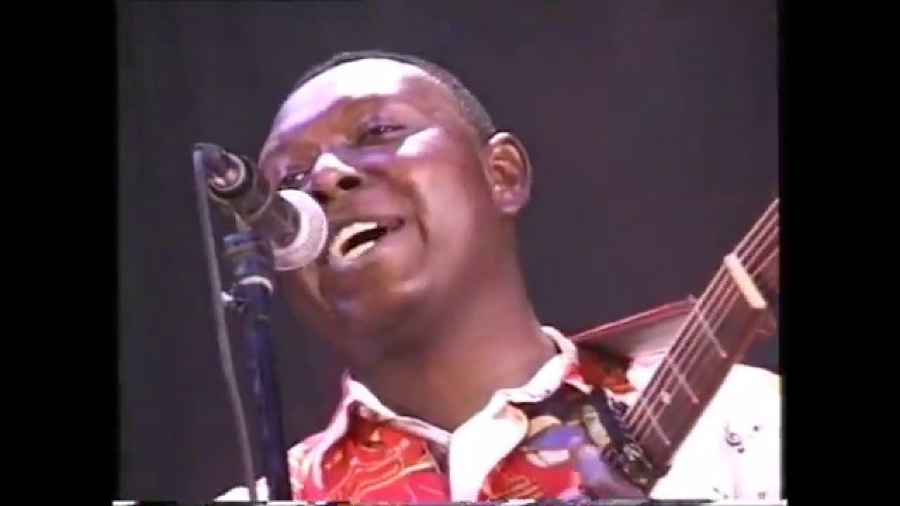 Download Ingamadji Mujos Némo - le Pape du Dala en live