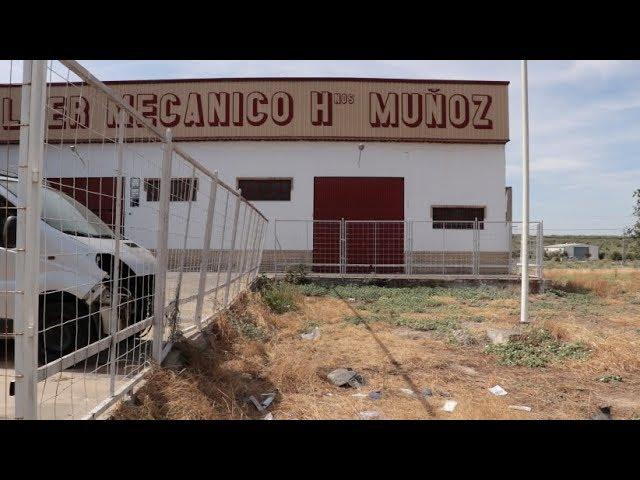 VÍDEO: Tres jóvenes resultan heridos en un accidente de tráfico en la zona de Los Santos