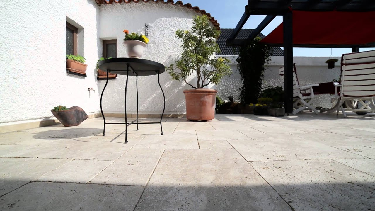 Le travertin medium select id al pour une terrasse en for Pierres naturelles pour terrasse