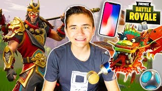 NEW SKINS, NEW ARMES ON FORTNITE IPHONE X - Neo The One