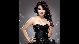 Cover images Fitri Carlina - ABG TUA