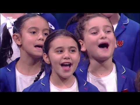 Il piccolo Coro dell' Antoniano - Che tempo che fa 26/11/2017
