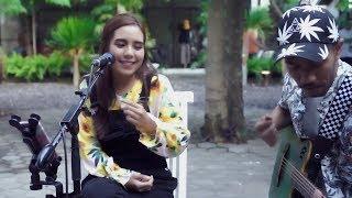 LAGU SANTAI Steven & Coconut Treez - Nabila & Tofan Cover version