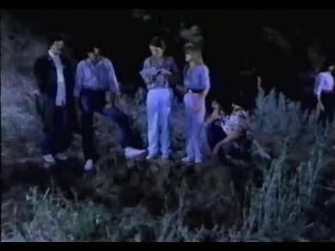 Kék lidércek Curse of the Blue Lights 1988 magyar szinkronnal
