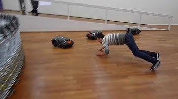 Bosslet Live Stream Robo Cam - 机器人视频 , Saarland.Museum robot livecam, STIGA Autoclip 700