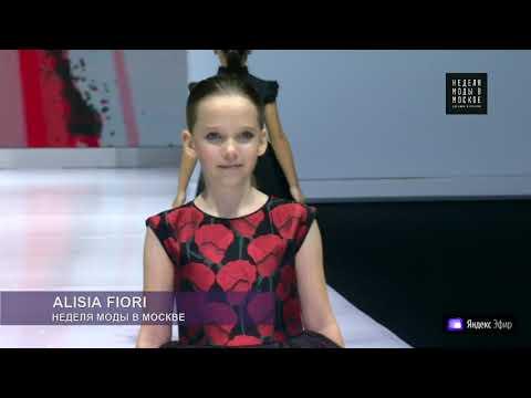 Показ Alisia Fiori на Неделе моды в Москве