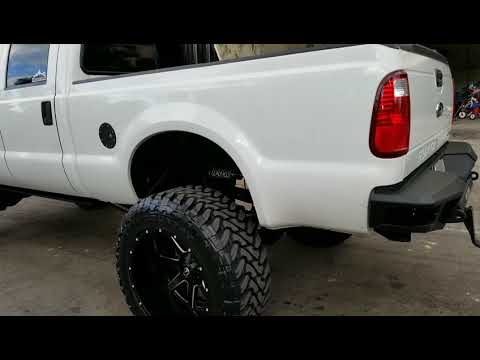 F350 14 in lift on 24x14 on 40s
