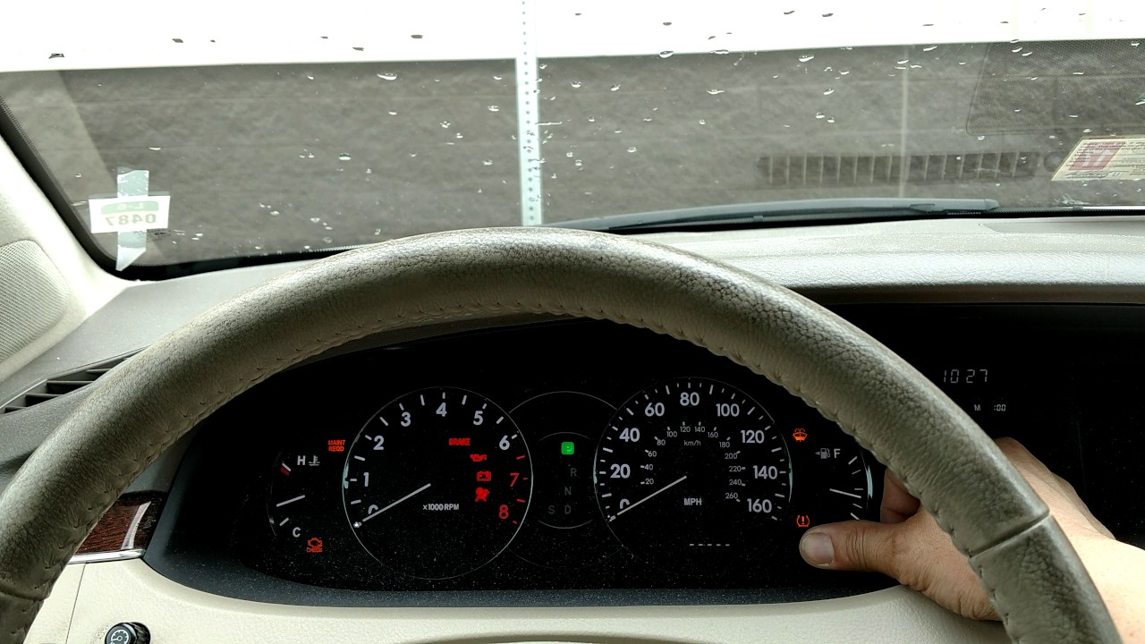 How to reset a maintenance light on a 2004 Toyota Avalon  YouTube