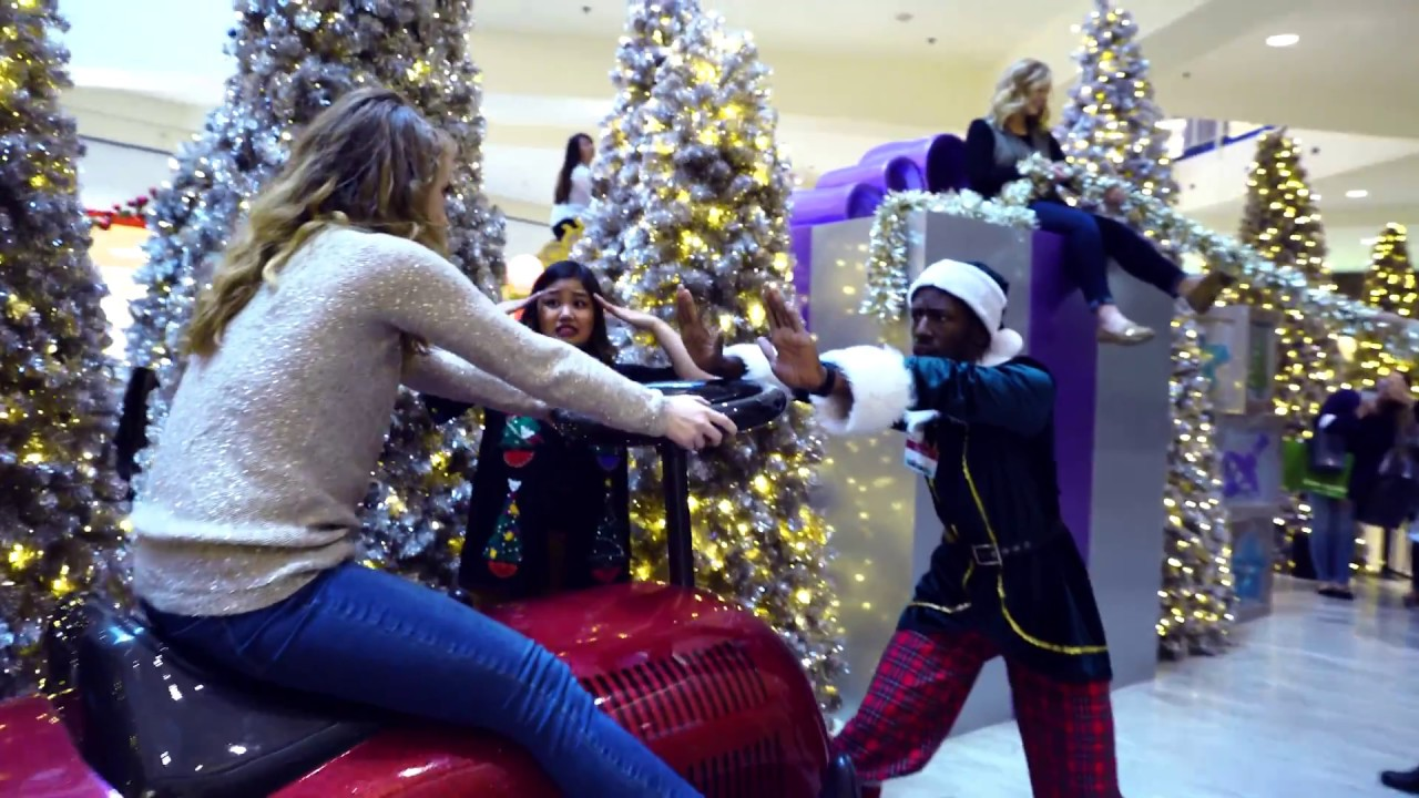 mall of america mannequin challenge - Mall Of America Christmas Decorations