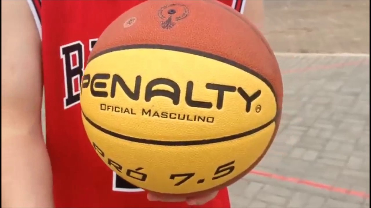 9c815ff306557 BOLA BASQUETE PENALTY PROFISSIONAL 7.5 - YouTube