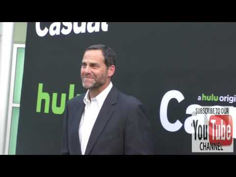 Andy Buckley at the Casual Season 2 Premiere & FYC Event at Arclight Theatre in Hollywood streaming vf