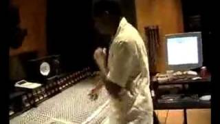 Kanye West making a beat on the mpc @SyckBeatz