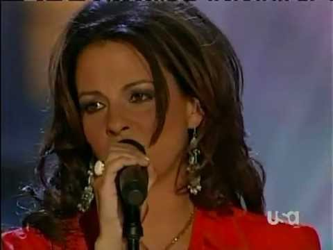 Sara Evans on Nashville Star 2006 belts out Real Fine Place to Start