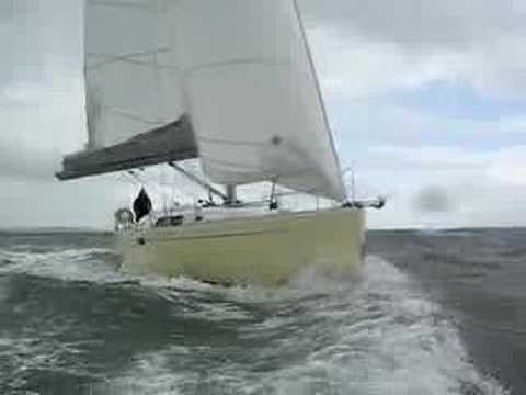 Hanse 430e almost runs down the film boat