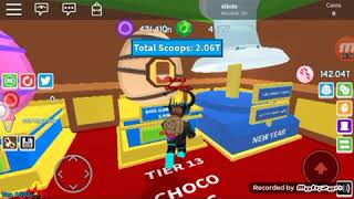 Playing ice cream simulatal #Roblox #icecreamsimulatal