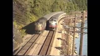 Metro North meet near Roa Hook. FL9-F7-FL9AC. Sept 23, 1992.
