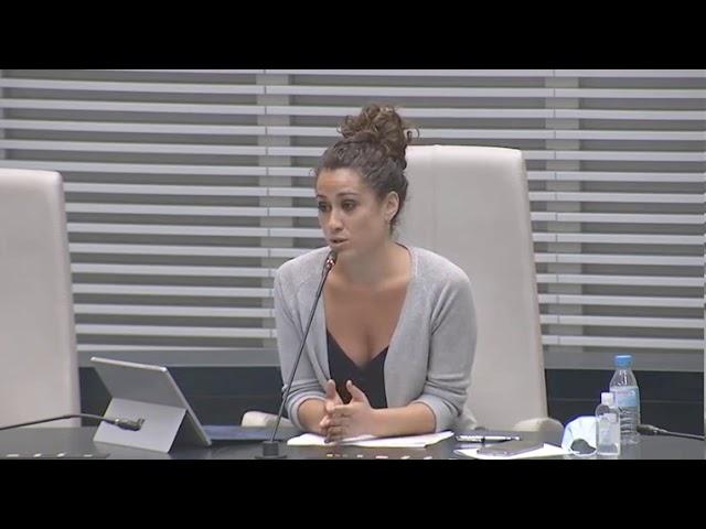 """Enma López: """"No podemos votar a favor de que se bonifique fiscalmente a los locales de juegos"""""""