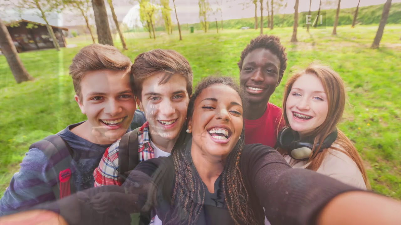 When should a teenager start dating