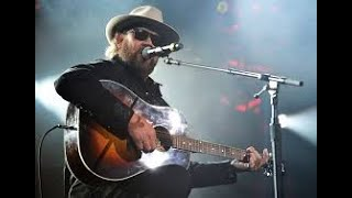 All My Rowdy Friends Are Coming Over Tonight - Hank Williams Jr Backing Track
