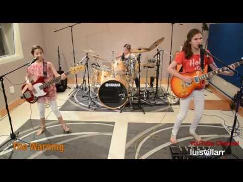 grup band remaja main lagu METALLICA...rock banget