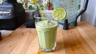 Matcha Green Tea Smoothie - Super Delicious!