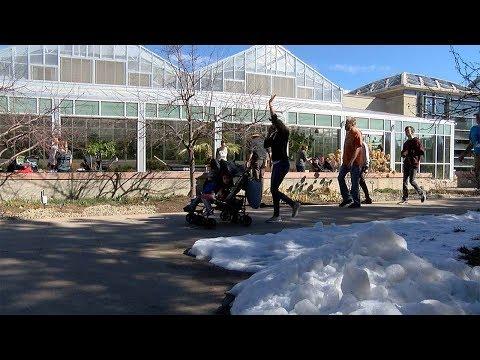 Spring day free day packs Denver Botanic Gardens