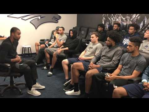 Ramon Sessions Speaks to Nevada Wolf Pack Team
