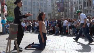 Download Video WhOMAN, Performance Art, woman shaved, Istiklal, Galatasaray, Istanbul Turkey Margaux Aubin MP3 3GP MP4