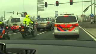 Langzaamaan-actie politie op A28