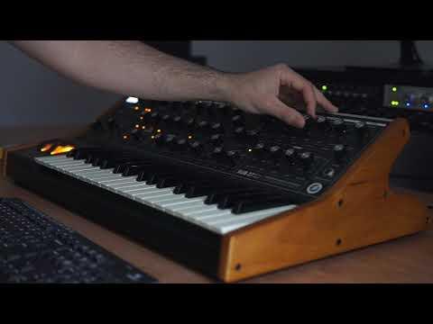 Moog Sub37 - Mystic