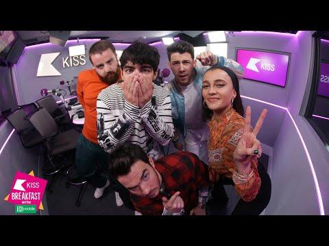 Jonas Brothers on new  & Joe reveals he helps Sophie Turner learn lines 💕👬