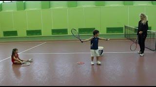 Большой теннис. Удар справа. Видеоурок.
