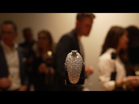 شاهد: بدء عروض مسابقة -أوسكار صناعة الساعات- في جنيف