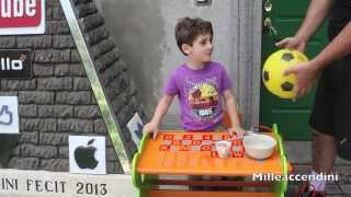 Come riparare un pallone da calcio supertele con la chiara dell'uovo How to fix a soccerball