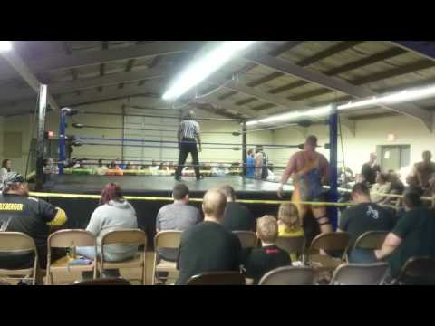 """Pat """"The Bruiser"""" Hickey vs Crosshairs Kelly: DCW 3/25"""