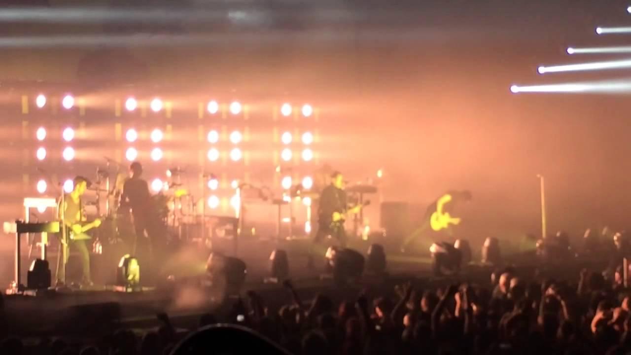 Nine Inch Nails 2013 - St. Louis - Wish - YouTube