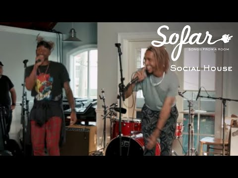 Social House - Magic In The Hamptons | Sofar Long Island
